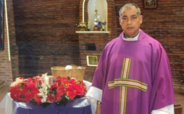 El sacerdote colombiano fue denunciado por abuso de menores.
