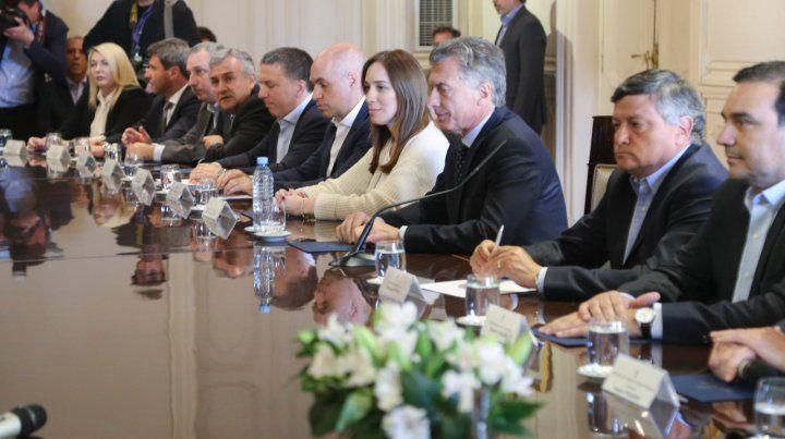 Sin Lifschitz, los gobernadores se reunieron con Macri en Casa Rosada
