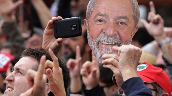 Lula designó a su sucesor: Voten por Haddad, dijo desde la cárcel