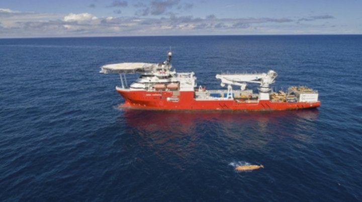 En alta mar. El buque comanda el operativo de búsqueda del sumergible en el Atlántico Sur.