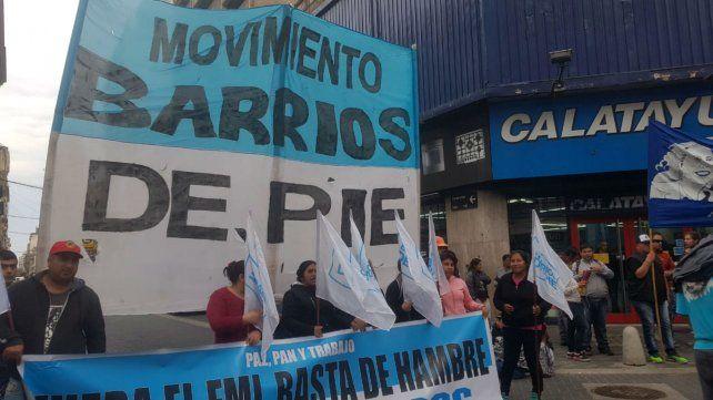 Protesta en el centro de gremios y movimientos sociales contra el ajuste