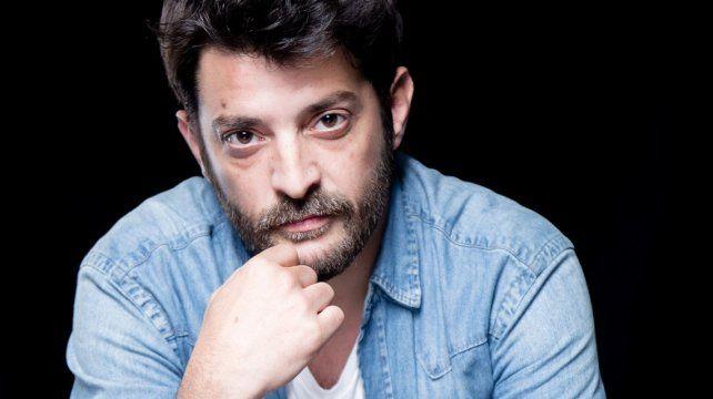 El actor fue internado en un sanatorio de Palermo por sufrir diverticulosis.