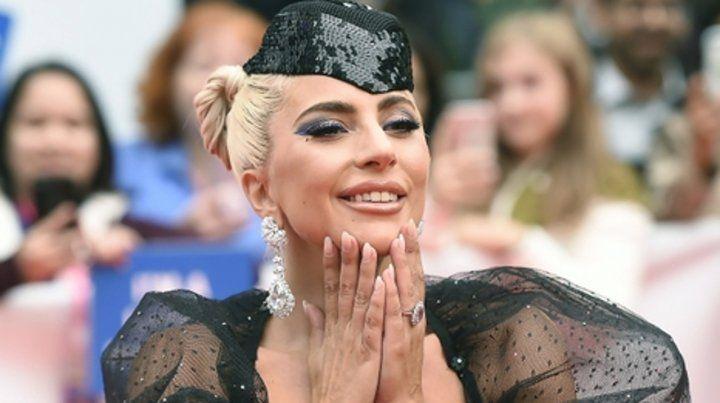 Lady Gaga se emocionó en Toronto
