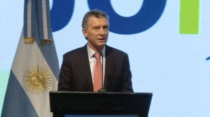 Macri prometió a los productores que las retenciones van a ser temporales