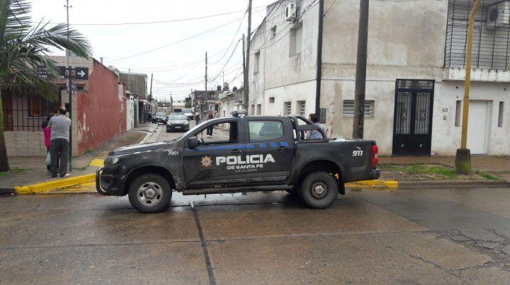 El ataque se produjo enfrente a la casa de la abogada. (Foto: diario uno Santa Fe)