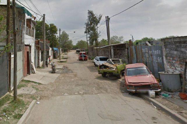 El crimen fue cometido el pasado 30 de diciembre en un pasillo de la barriada.