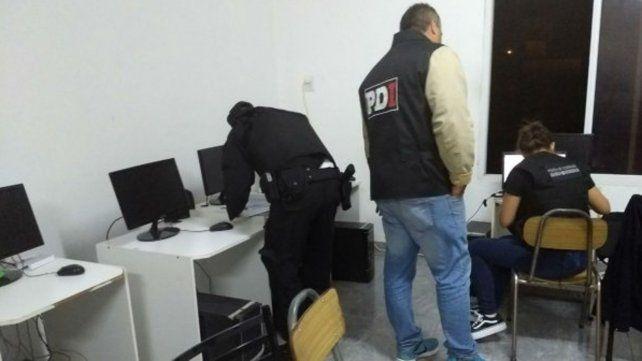 El martes pasado la delegación local de la Policía Federal realizó una serie de allanamientos en distintos domicilios de Rosario.