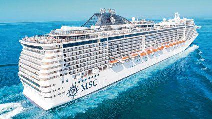 Gigante de los mares. El MSC Fantasia, con capacidad para 3.274 huéspedes, ofrecerá Nápoles como uno de los aspectos más destacados de este itinerario por el sur de Italia-