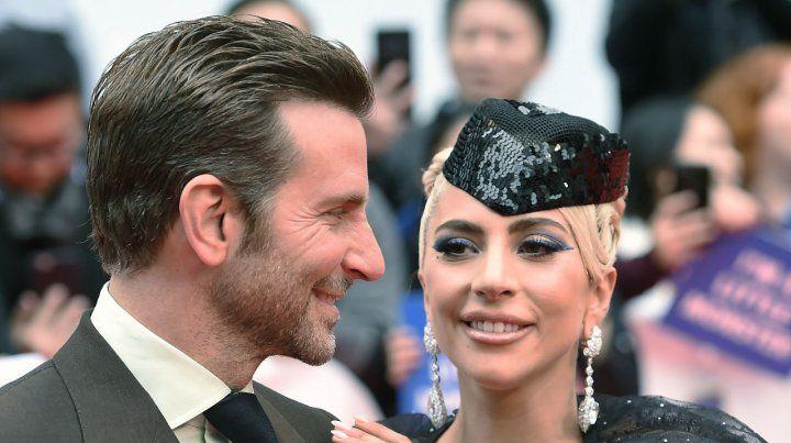 Deslumbrantes. Bradley Cooper y Lady Gaga conquistaron a todos con el musical Nace una estrella.