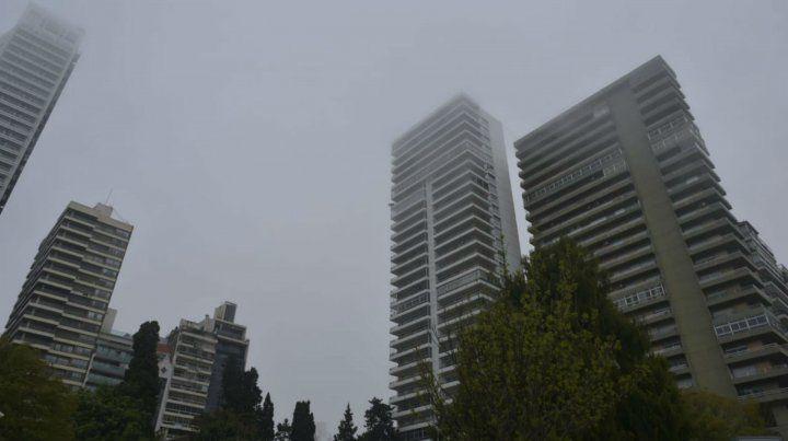 Por los bancos de niebla, piden precaución para circular
