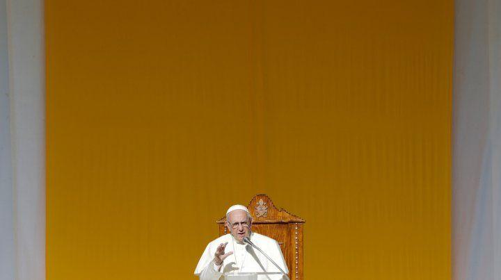 El Vaticano expulsó a un sacerdote chileno acusado de abusos
