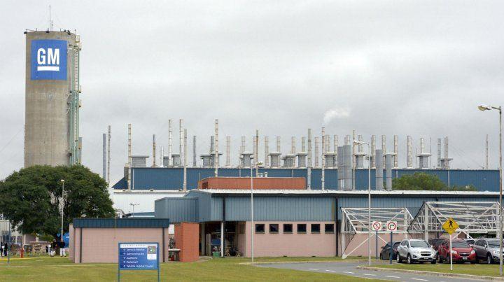 Comenzaron las suspensiones rotativas en la planta de General Motors de Alvear