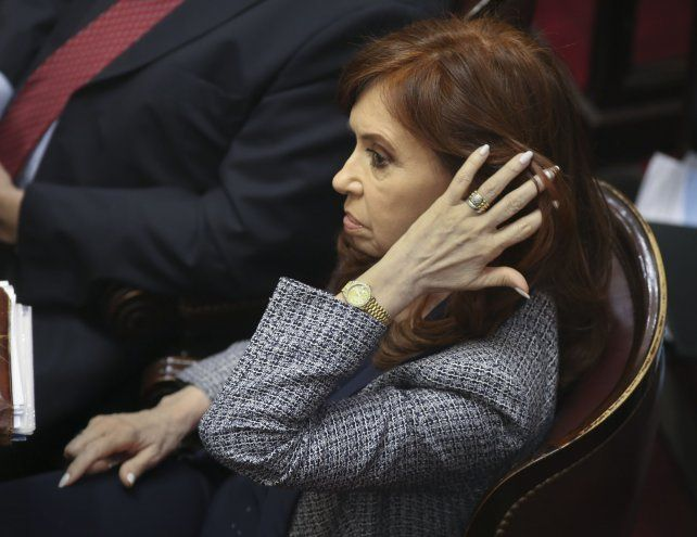 Cristina Kirchner fue procesada con prisión preventiva