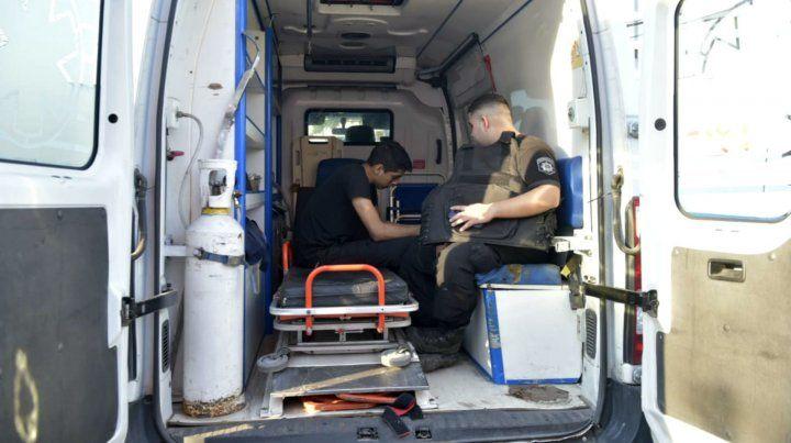 Los policías que realizaron el rescate debieron ser asistidos.