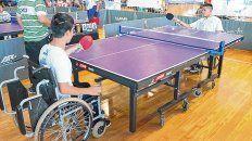 A jugar. El tenis de mesa adaptado, una de las disciplinas que se definen mañana en Rafaela.