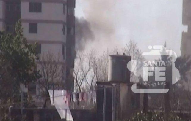 Las llamas se apoderaron de un departamento en la zona sur.