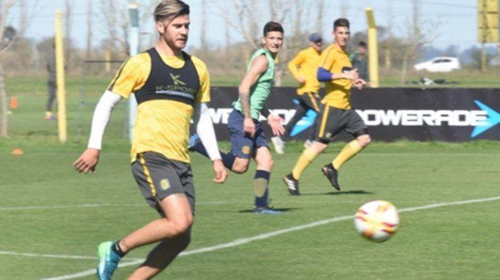 A la orden. Barbieri se entrena pensando que el domingo será titular en La Plata.
