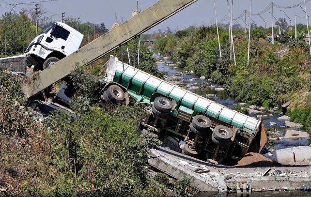 Ya se cayeron 12 puentes inaugurados por el kirchnerismo