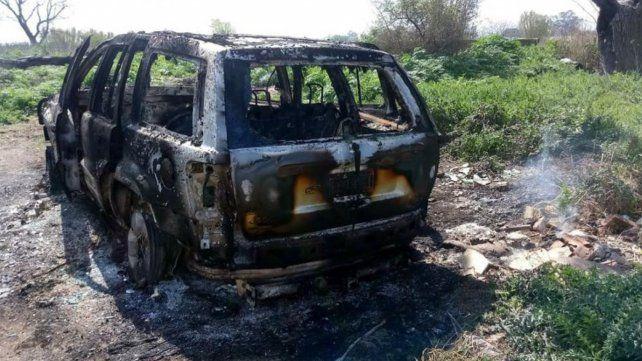 Prendieron fuego el auto con mi hija adentro, contó el dueño de Ossira