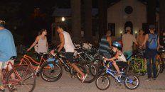 Bicicleteada nocturna de sábado por el día mundial sin autos