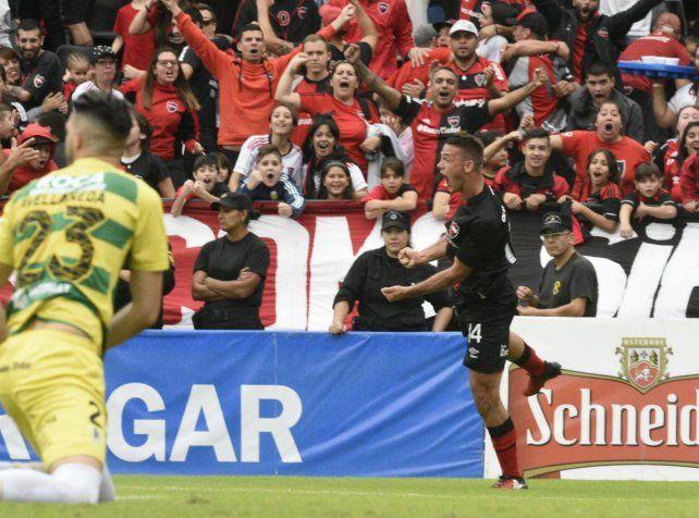Alexis Rodríguez marcó el 1-0 ante Defensa y Justicia