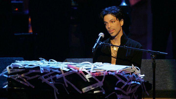 Bajo el signo del swing. El nuevo disco fue grabado por Prince en un simple cassette