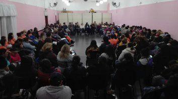 El movimiento está compuesto por más de sesenta organizaciones para luchar contra la crisis.
