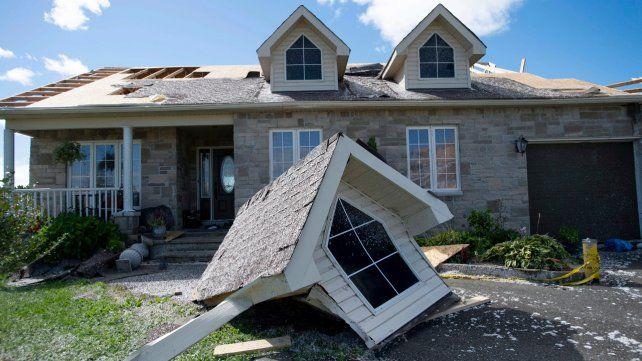 Ottawa. Una casa perdió parte del techo