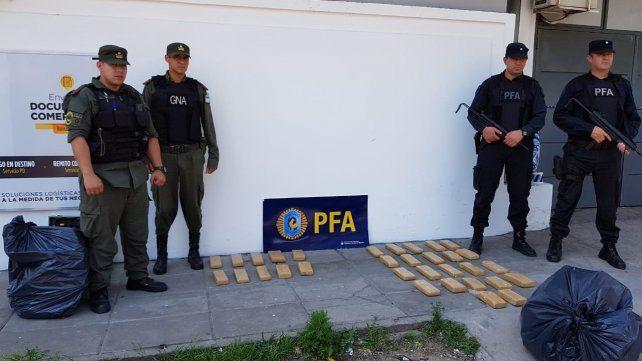 En panes. La droga tenía por destino su distribución en la capital provincial.