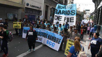 Masiva marcha de la CTA en contra de la política de ajuste del gobierno nacional