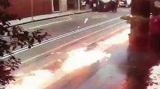 arrojaron bombas molotov contra una sede de gendarmeria