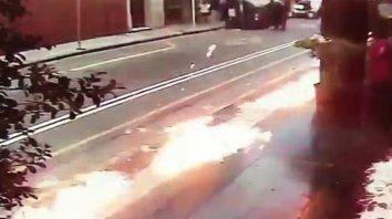 Arrojaron bombas molotov contra una sede de Gendarmería