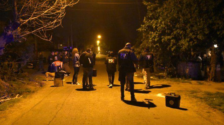 El ataque a balazos sucedió cerca de las 22. Dos horas después una de las víctimas murió.