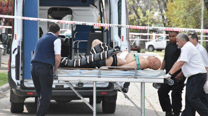 Balearon a dos policías que realizaban un allanamiento en la localidad de San Lorenzo