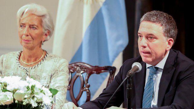 Embanderados. Lagarde y Dujovne anunciaron el nuevo acuerdo crediticio. El anterior fue en junio.