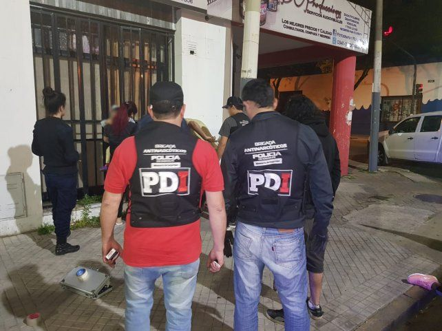 Uno de los sospechosos de haber atacado al sede de Fiscalía fue detenido por la PDI.