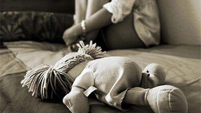 Desolada. La niña contó a la Fiscalía que su padrastro abusó de ella desde que tenía 10 años.