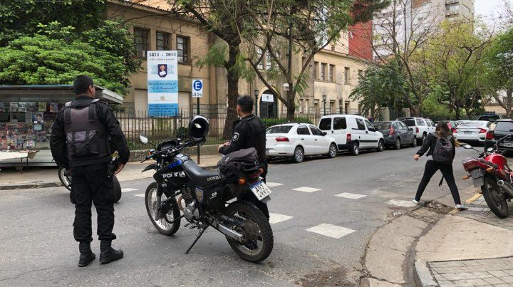 Evacuaron el Nacional 1 por una amenaza de bomba