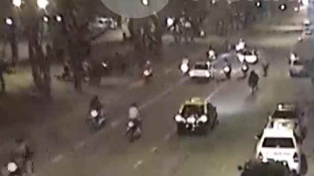 Un video muestra el descontrol que causan las picadas ilegales