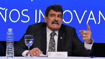 El titular de la Bolsa de Comercio, Alberto Padoan, fue citado a indagatoria por el juez Claudio Bonadio.