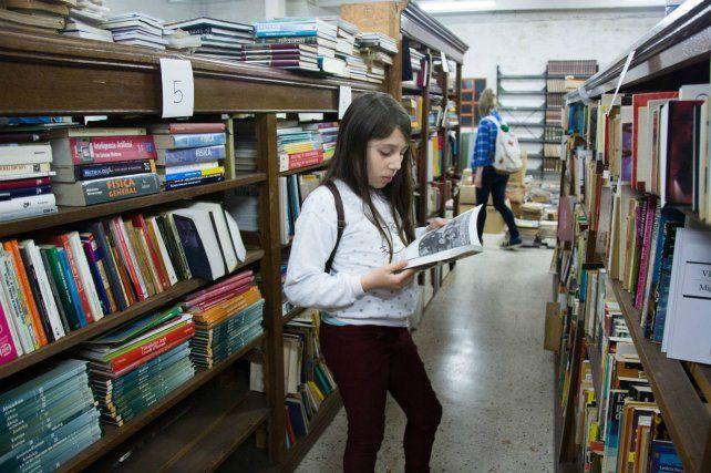La Vigil es una histórica biblioteca ubicada en Gaboto 450