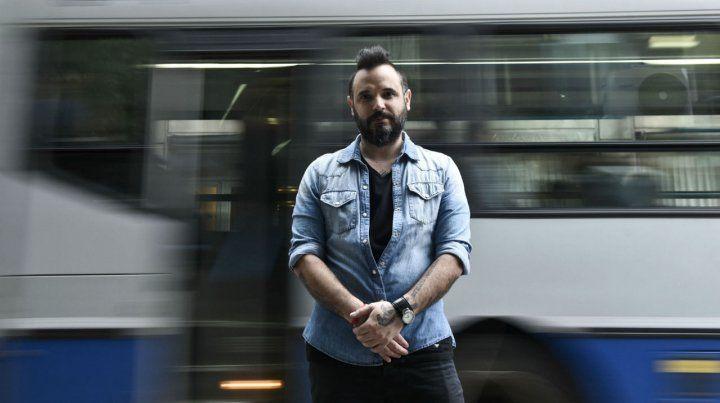 Franz Funes fue saludado por fans en la nota con Escenario. En octubre actuarán en Buenos Aires.