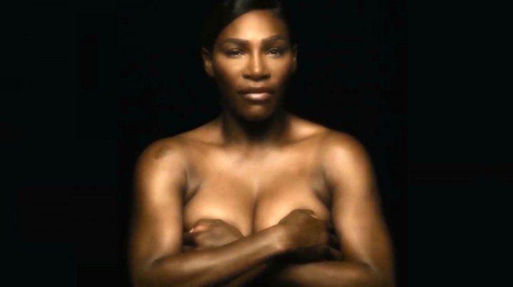 Serena Williams grabó un video en topless para una campaña contra el cáncer de mama