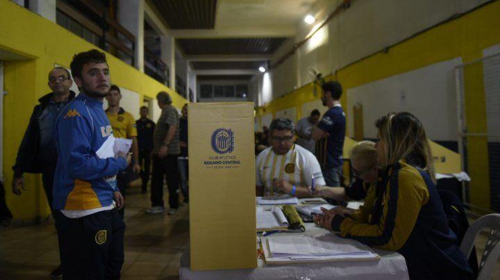 Más de ocho mil socios canallas ya votaron al nuevo presidente del club