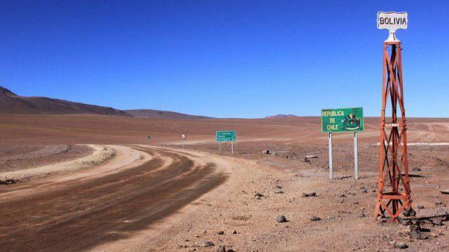 Frontera. Un paso fronterizo entre Bolivia y el norte de Chile. Para llegar al Pacífico