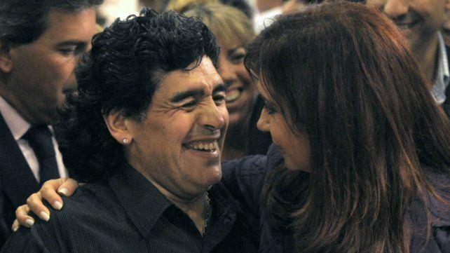Maradona quiere una fórmula presidencial con Cristina