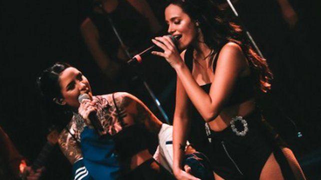 Oriana Sabatini y Cande Tinelli brillaron juntas en el escenario