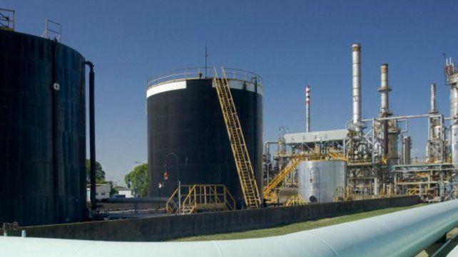 Ventaja. YPF se hizo cargo de la operación de Oil Combustible en junio y tenía prioridad de compra.