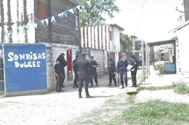 Efectivos policiales dieron con el agresor.