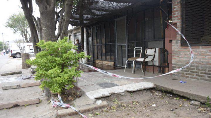 En la puerta. A Albino Almaraz lo mataron mientras estaba sentado frente a su casa